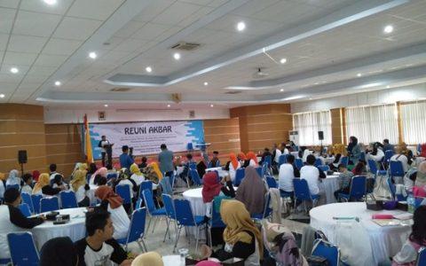 Reuni Akbar Alumni Pendidikan Ekonomi Berlangsung Meriah